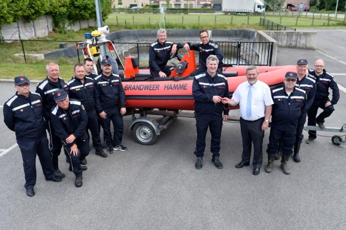 Brandweer krijgt nieuwe reddingsboot