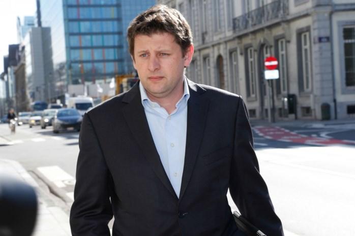 Crombez wil meer bevoegdheden parlement om bankentoezicht op te volgen