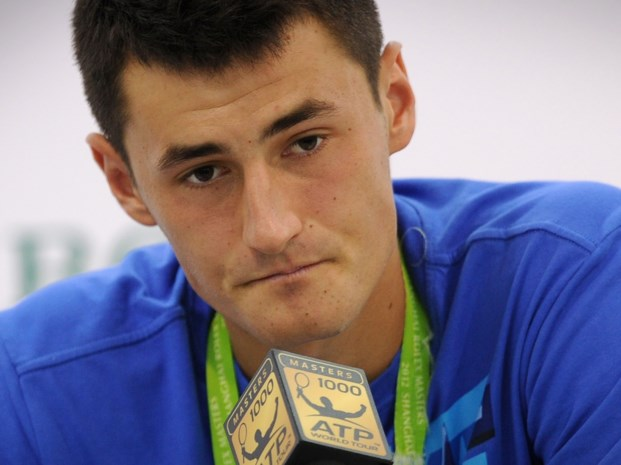 Management zet enfant terrible Bernard Tomic op straat
