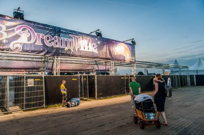 19 festivalgangers Tomorrowland met drugs moeten naar huis