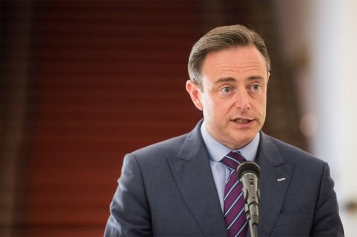 """De Wever: """"Ridicuul om joodse gemeenschap in Antwerpen te viseren"""""""