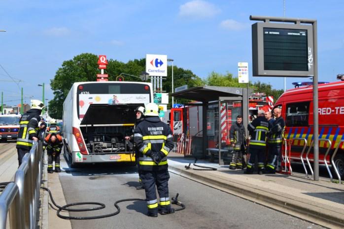 Motor autobus vat vuur