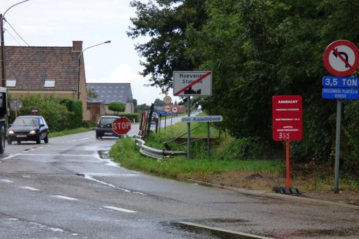 Onenigheid over stopborden aan Ettenhoven