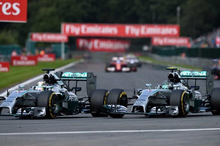 Hamilton: 'Rosberg reed mij met opzet aan'