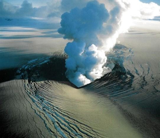 IJslandse vulkaan terug naar code Oranje