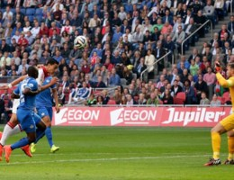 EREDIVISIE. PSV wint kraker in Amsterdam