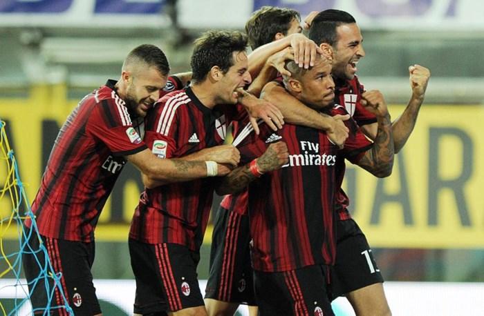 SERIE A. Mertens verliest, knotsgekke wedstrijd tussen Parma en Milan