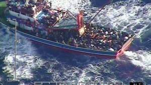 Vluchtelingenboot in moeilijkheden voor Cyprus