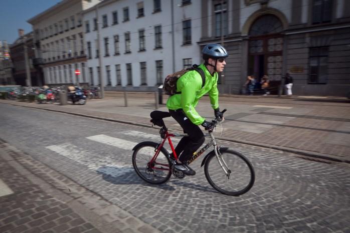 Antwerpen maakt van fietser ambassadeur