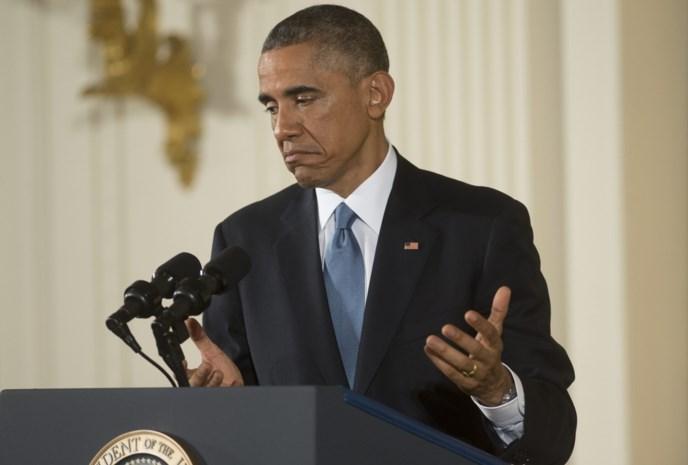 Obama geeft nederlaag toe en reikt Republikeinen de hand