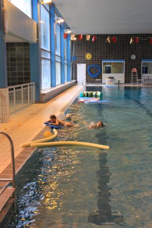 Zwembad donderdag gesloten door staking