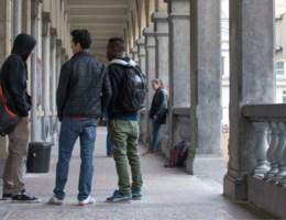 Antwerpse scholen pakken spijbelen aan
