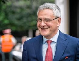 Peeters wil spreken met havenbonden over Wet Major