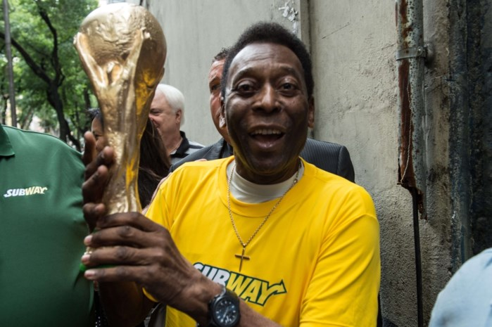Voetballegende Pelé mag ziekenhuis verlaten
