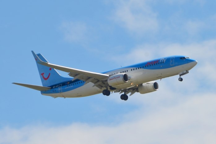 Groeiende onrust over toeristische vluchten vanuit Deurne