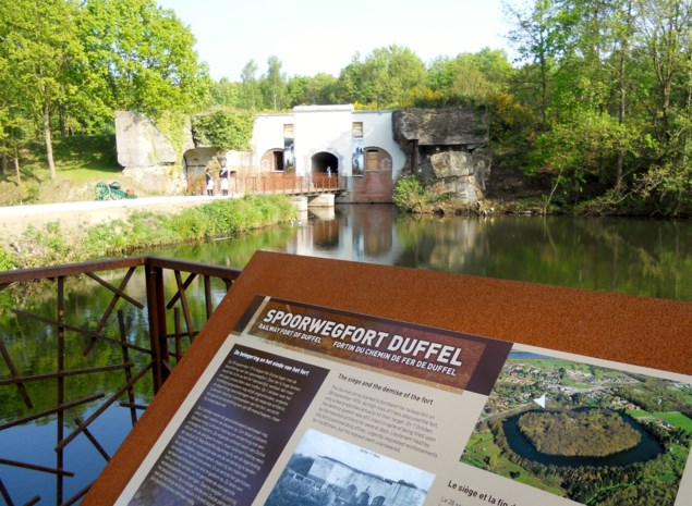 Bezoekers overrompelen gerestaureerd fort