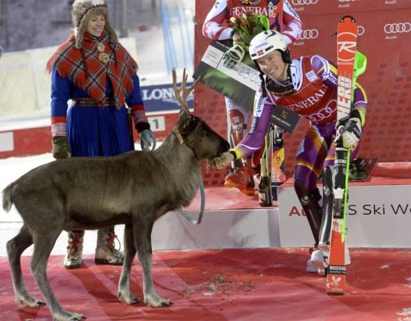 Henrik Kristoffersen skiet naar zege in slalom Levi