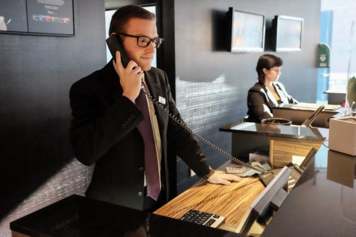 Receptionist (22) bekroond als beste verkoper Benelux