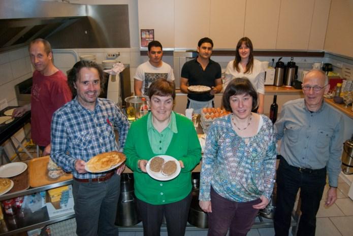 Heistse Amnesty-afdeling bakt pannekoeken