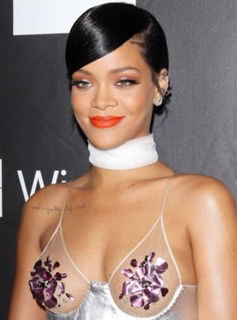 Rihanna plaatst preview van nieuwe album online