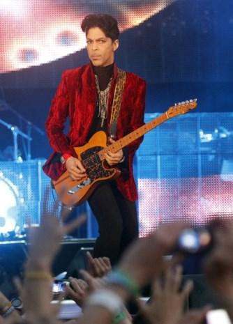 Prince haalt verdwijntruc uit op sociale media