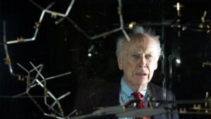 DNA-wetenschapper krijgt verkochte Nobelprijs terug
