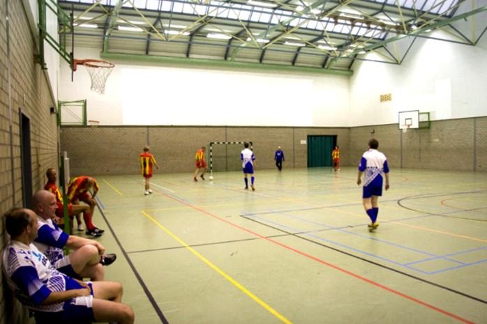 Indoor voetbaltornooi met alle Kalmthoutse ploegen