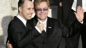 Elton John gaat trouwen