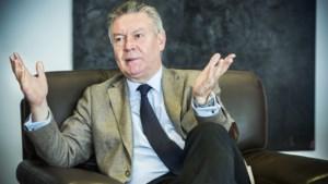 Karel De Gucht: 'Wat bezielt Kris Peeters?'