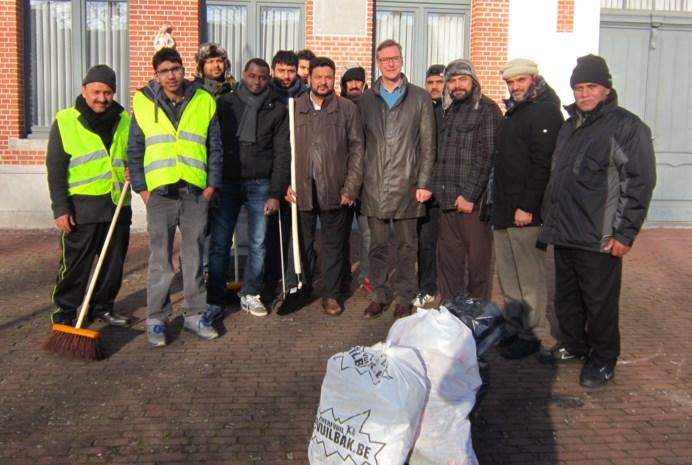 Moslims helpen Kasterlee proper houden