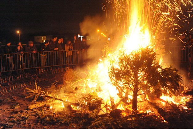 Kerstbomen gaan in vlammen op