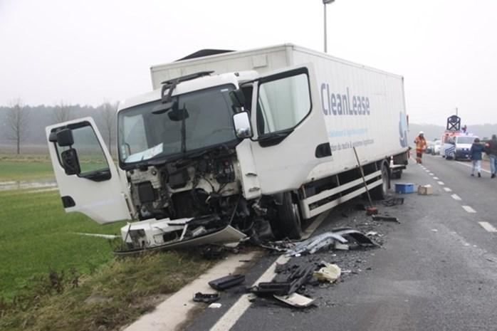 Sobere inhuldiging van schoolbus na dramatisch ongeval