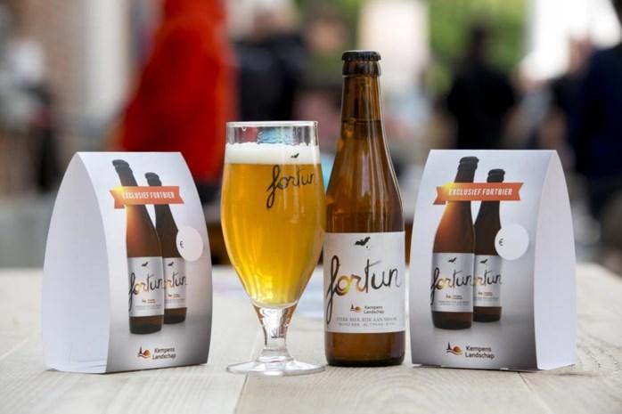 Provincie geeft Fortun-bier weg op Vakantiesalon
