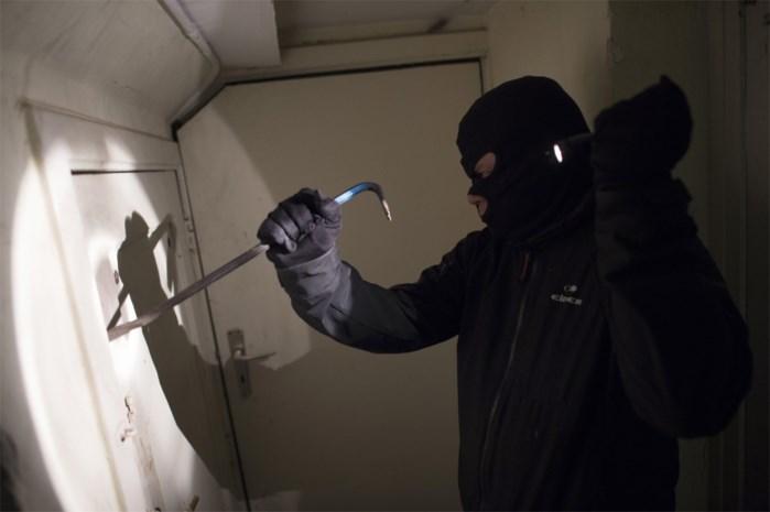 Politie pakt inbreker op na korte achtervolging