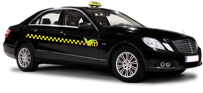Antwerp-Tax kiest voor zwarte taxi's met geel-zwarte band