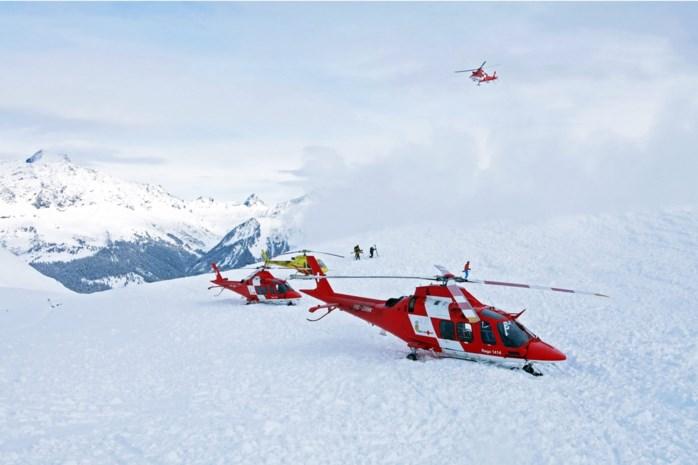 Drie doden en vier skiërs kritiek na lawine in Zwitserland