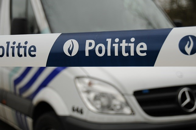 Politie verkoopt oude dienstvoertuigen