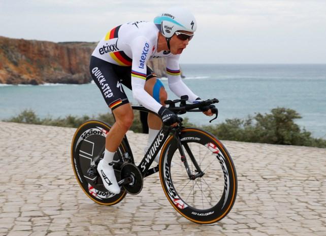 Tony Martin zegeviert in tijdrit Algarve (met weinig overschot)