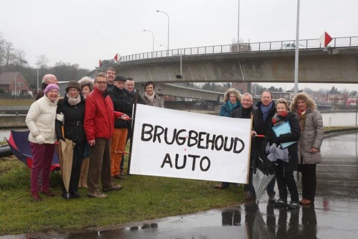 """Inwoners protesteren: """"Geen fietsersbrug over Albertkanaal"""""""