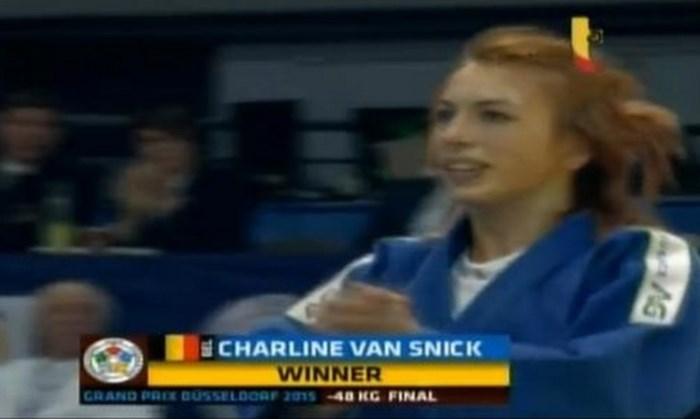 Charline Van Snick pakt bij comeback meteen goud tegenover wereldtop