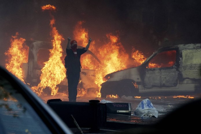 Werkstraf voor gewelddadige manifestant nationale betoging