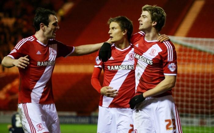 Vossen en Middlesbrough opnieuw leider in Engelse tweede klasse
