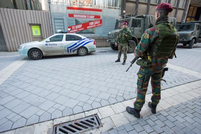 Bevestigd: Militairen moeten gebouwen blijven bewaken