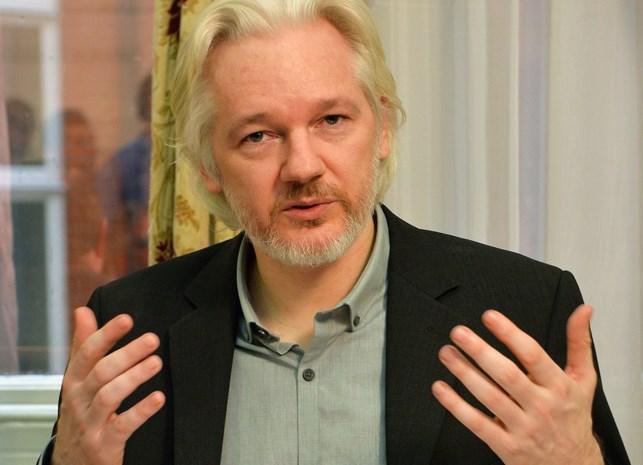 Zweeds parket wil Assange ondervragen in Londen