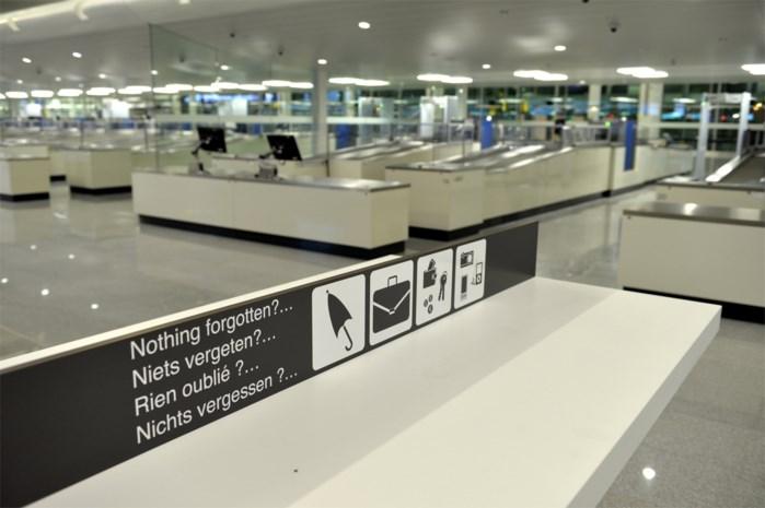 'Scanners van paspoorten werken niet'