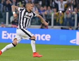 Vidal bezorgt Juventus goede uitgangspositie tegen Monaco