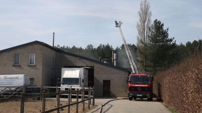 Maatregelen nodig na 'asbestbrand' in loods