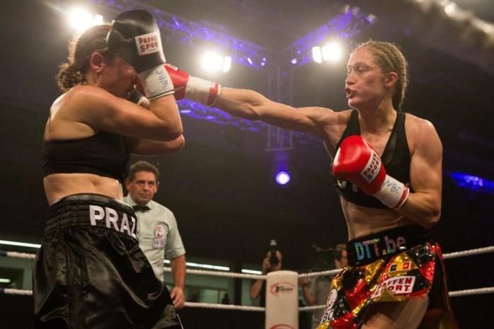Delfine Persoon verdedigt WBC-wereldtitel voor het eerst in het buitenland