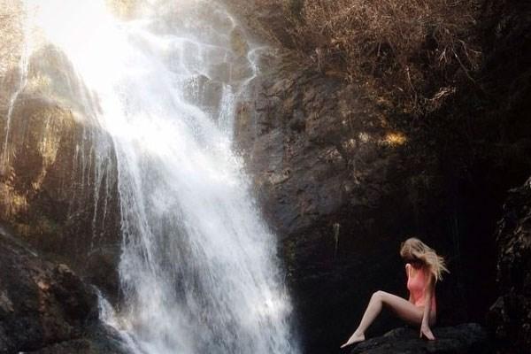 Avontuurlijk echtpaar deelt adembenemende reisfoto's