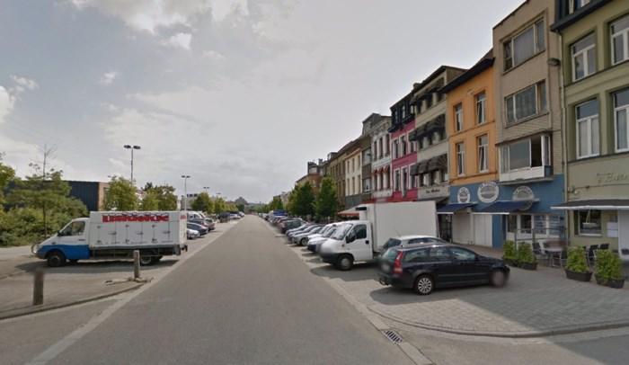 Inbreker verwondt man (62) met schroevendraaiers